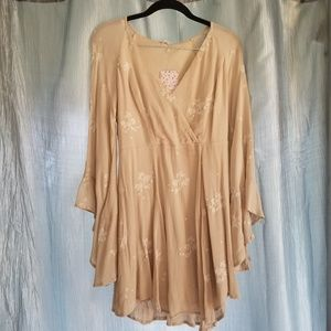 Free People Almond Bell Sleeve Dress - Size 4